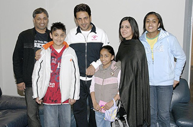Gurdas Maan And Fans